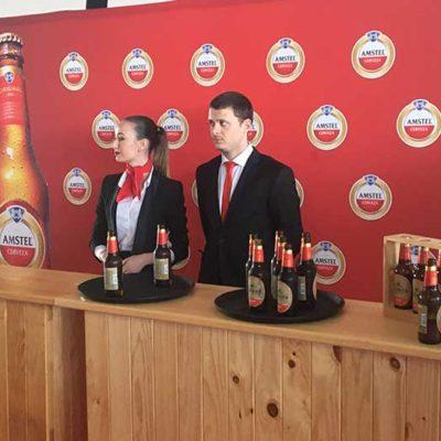 Azafatas en evento Amstel